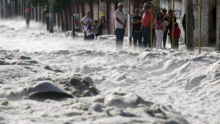 Cenário após chuva de granizo em Guadalajara, no México, em 1 de julho de 2019
