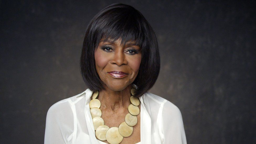 Pioneering US actress Cicely Tyson dies aged 96 - BBC News