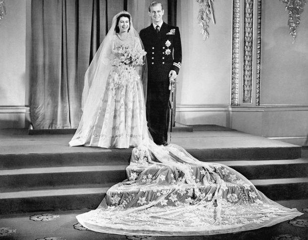 Princess Elizabeth marries Philip Mountbatten