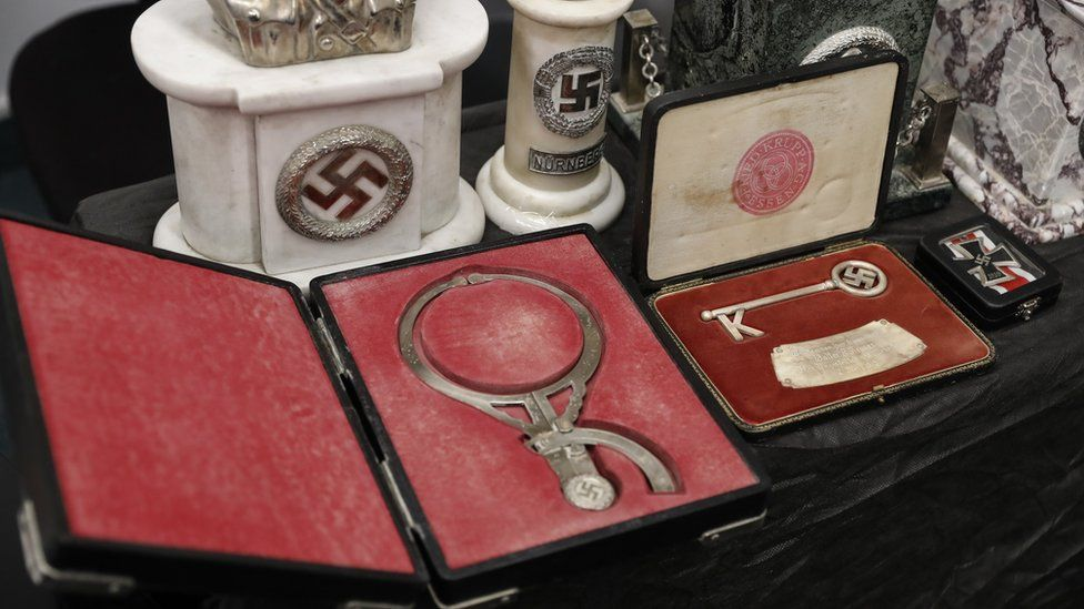 Instrumento médico de la época nazi