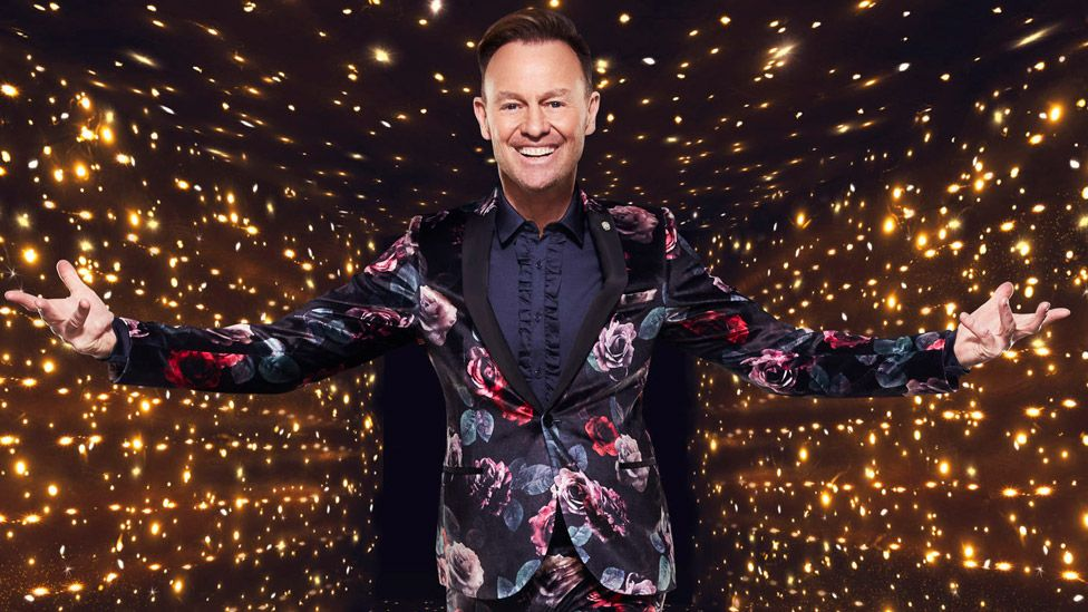 Jason Donovan 'gutted' to be latest star to pull out of Dancing On Ice -  BBC News