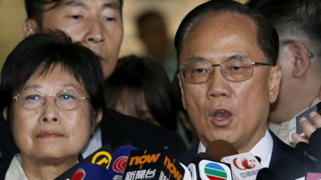 香港廉政公署起訴前特首曾蔭權行為失當 - BBC 中文網