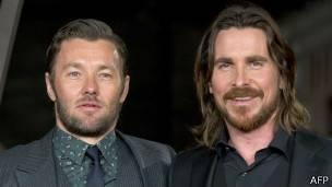 Joel Edgerton (izq) y Christian Bale