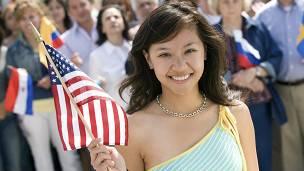 Aficionados con bandera de Estados Unidos