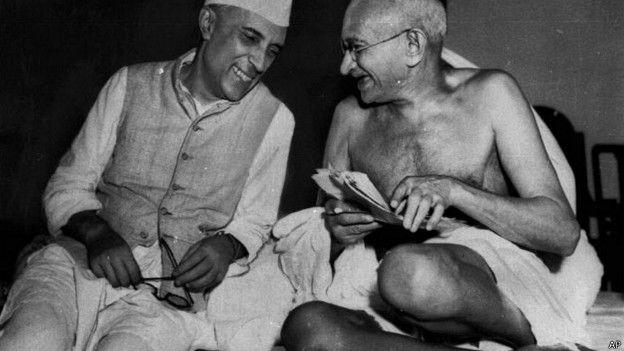 मोहनदास करमचंद गांधी, जवाहरलाल नेहरू