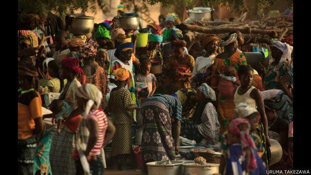 Mercado del país godón, en Mali.