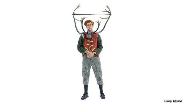 Jamie Bradbury es un danzarín con cuernos en el baile Abbots Bromley Horn Dance