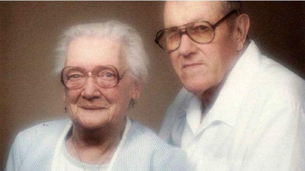 Nedra Waterman y su marido, Wes.