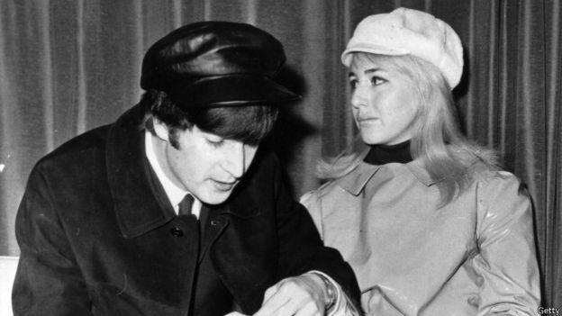 10 вещей, о которых мы не знали неделю назад Джон и Синтия Леннон