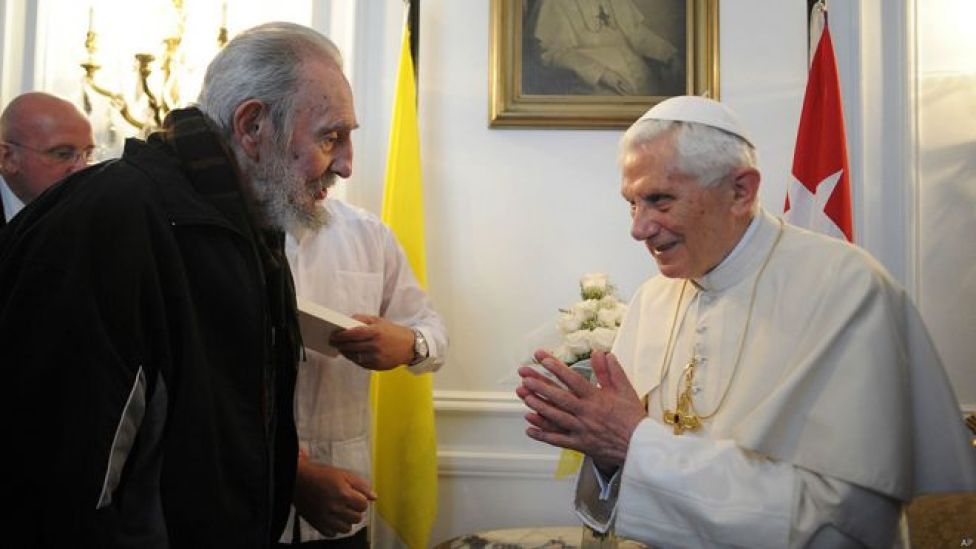 Fidel Castro y el papa Benedicto XVI. Foto: AP
