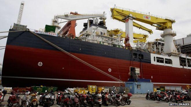 Un barco en el astillero