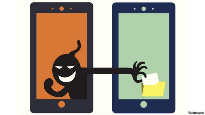 Ilustración del robo de datos personales de un celular