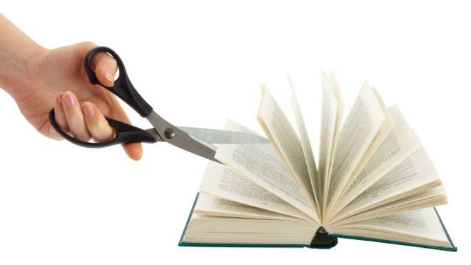 libro cortado por tijeras