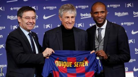 Quique Setien with president Josep Maria Bartomeu and sports director Eric Abidal