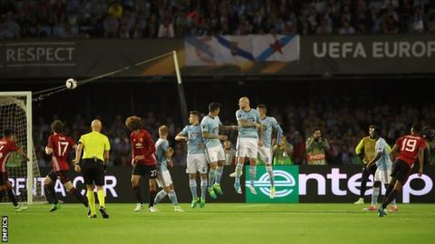 Marcus Rashford scores for Manchester United against Celta Vigo