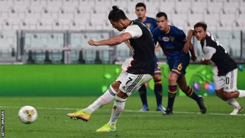 Cristiano Ronaldo scores from the penalty spot
