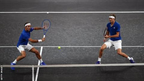 Roger Federer and Alexander Zverev playing in the Laver Cup doubles