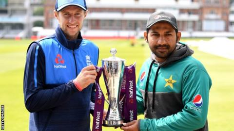 England captain Joe Root and Pakistan captain Sarfraz Ahmed