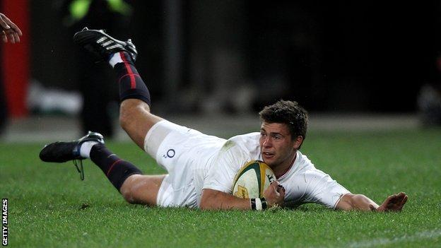Ben Youngs scores a try