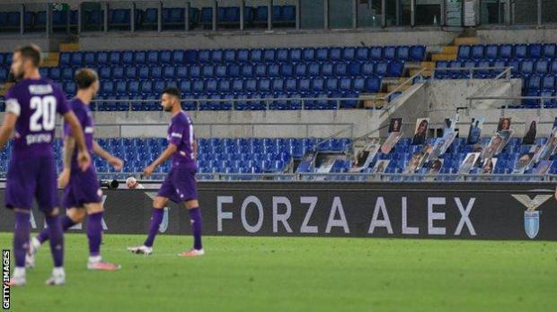 Support for Zanardi at Lazio v Fiorentina