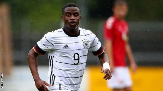 Youssoufa Moukoko in action for Germany under-20s