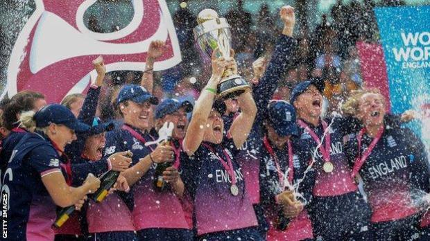 England celebrate winning 2017 World Cup
