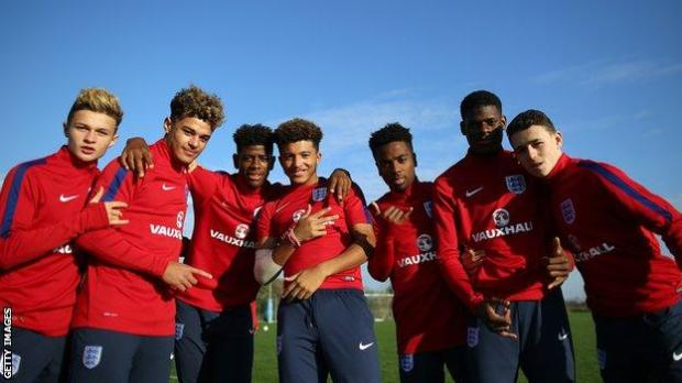 Sancho (fourth from left) and Foden (far right) were team-mates for the England Under-17s...