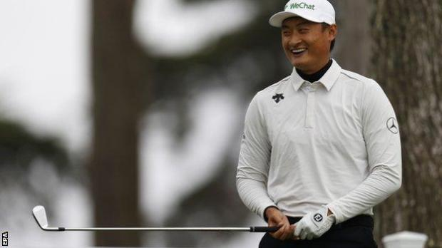 Li Haotong playing at the 2020 US PGA Championship