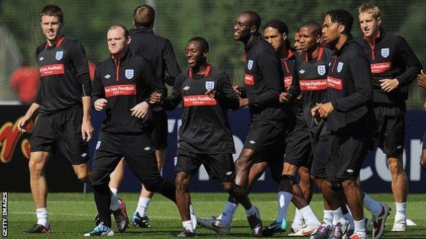 Wayne Rooney, Ashley Cole, Carlton Cole and Michael Dawson