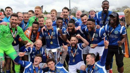 Macclesfield celebrate promotion in 2018