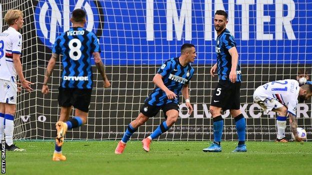 Alexis Sanchez turns away to celebrate after scoring for Inter Milan against Sampdoria
