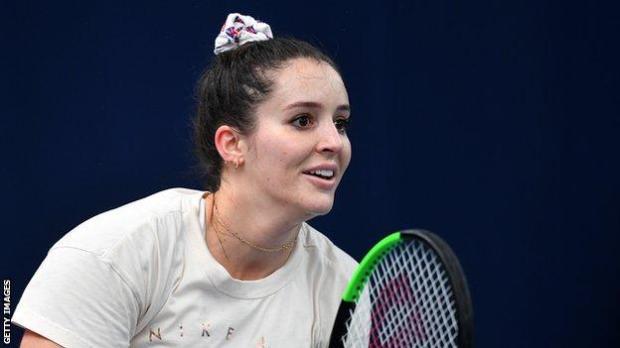 Laura Robson practising in April 2019