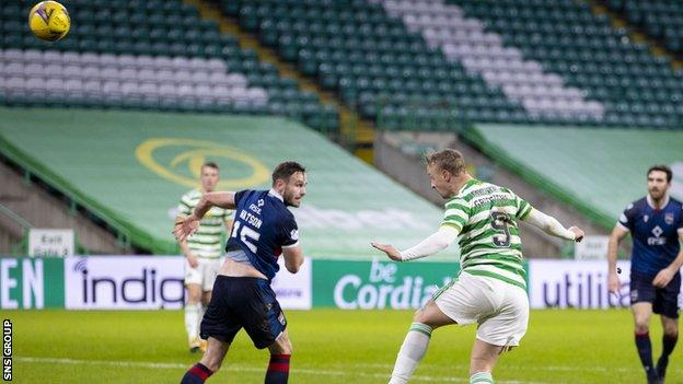 Leigh Griffiths makes it 2-0 to Celtic