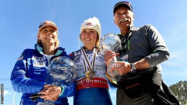 Mikaela Shiffrin (centre) with her parents Eileen (left) and father Jeff (right) in 2017