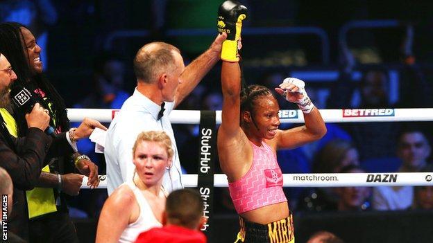 Jamie Mitchell defeated Shannon Courtney