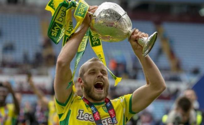 Norwich City Teemu Pukki Signs New Contract Bbc Sport