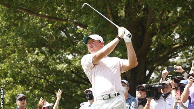 Rory McIlroy plays into the green at the seventh hole in the final round
