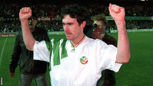 Alan McLoughlin celebrates at the final whistle after his goal earns a 1-1 draw with Northern Ireland and World Cup qualification