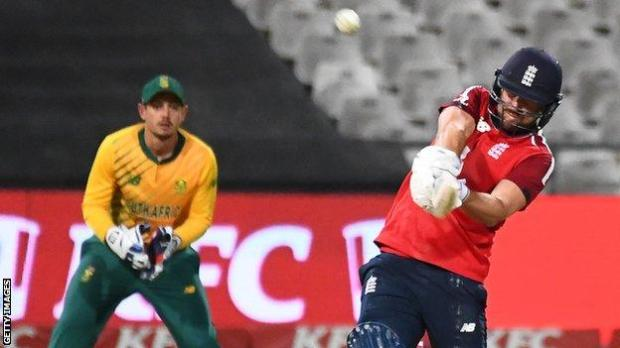 England's Dawid Malan hits out against South Africa