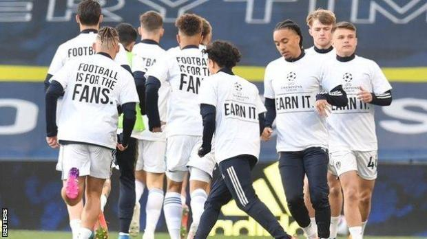 Leeds players wore T-shirts opposed to the Super League