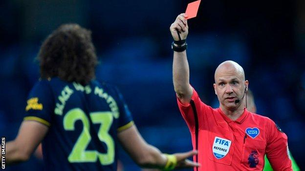 David Luiz sent off