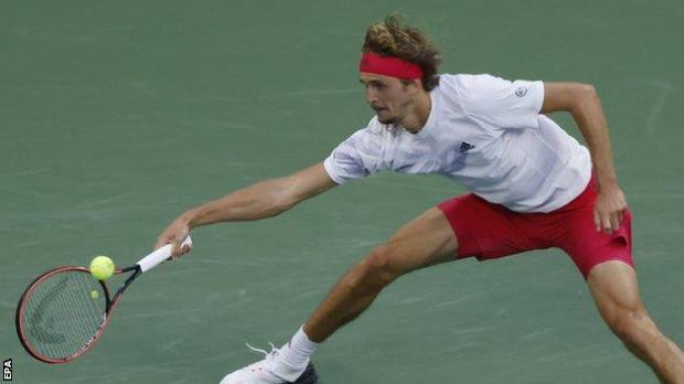 Alexander Zverev reaches for a ball against Adrian Mannarino at the 2020 US Open