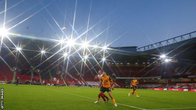 sport Sheffield United play against Wolves