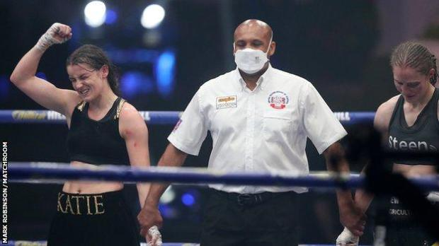 Taylor's arm was raised and she moved on to 16 wins from 16 bouts while Persoon now has three defeats in 47 contests