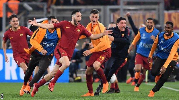 Kostas Manolas celebrates scoring Roma's third goal