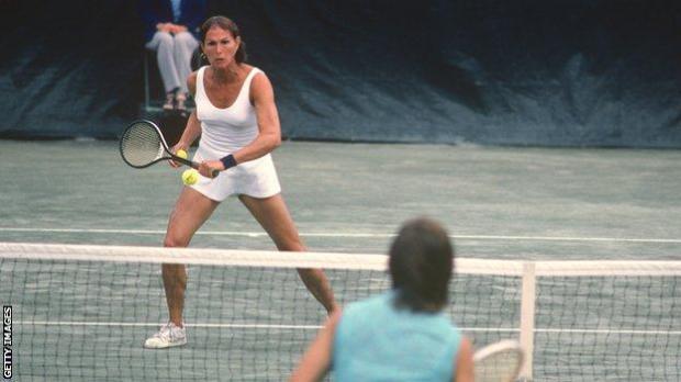 Renee Richards plays against Virginia Wade in the 1977 US Open