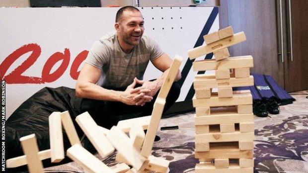 Kubrat Pulev plays Jenga