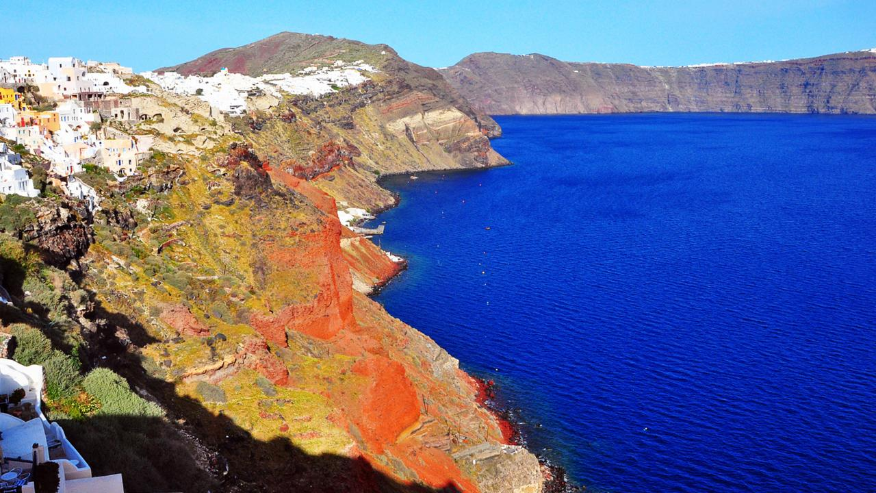 Santorini, Greece, Greek islands, Cyclades, caldera, Oia (Credit: Amanda Ruggeri)