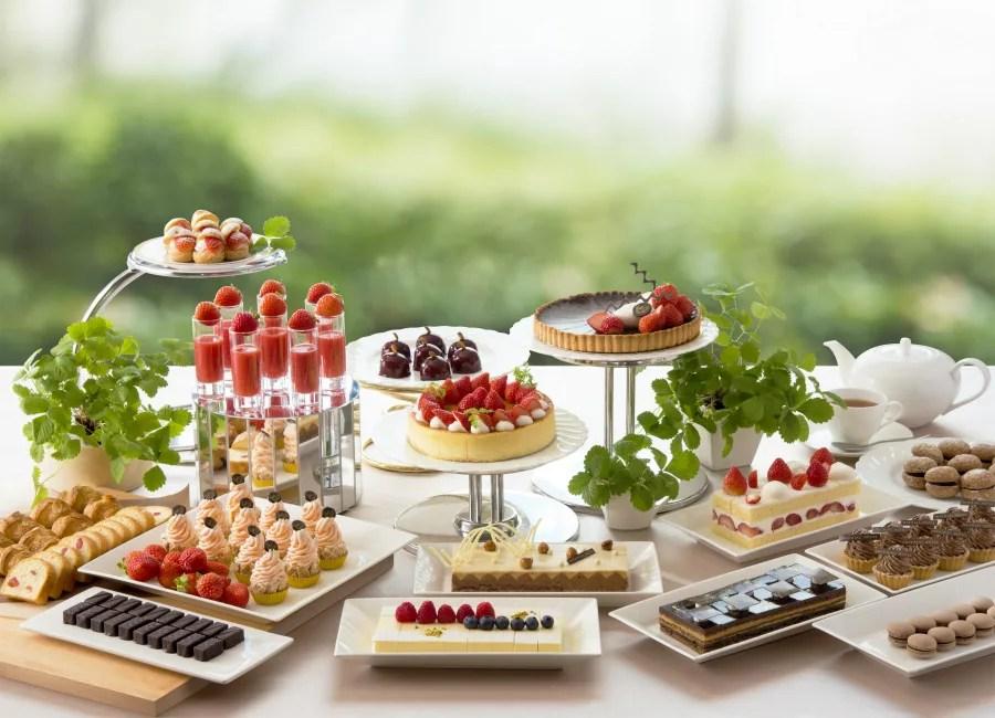 帝国ホテル大阪 いちごビュッフェ「苺スイーツブフェ ~ショコラとの饗宴~」 旬の苺3種食べ比べも!