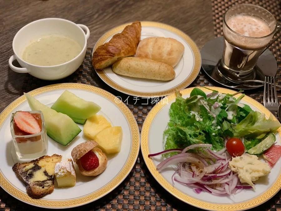ホテルアラマンダ青山 いちご デザートブッフェ ランチ 食べ放題